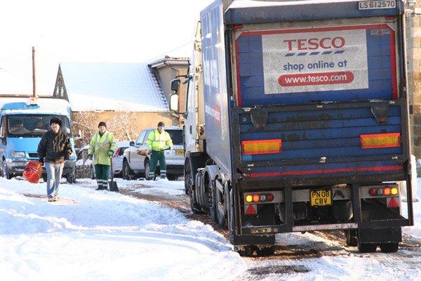 Dec 20th Tesco lorry stuck