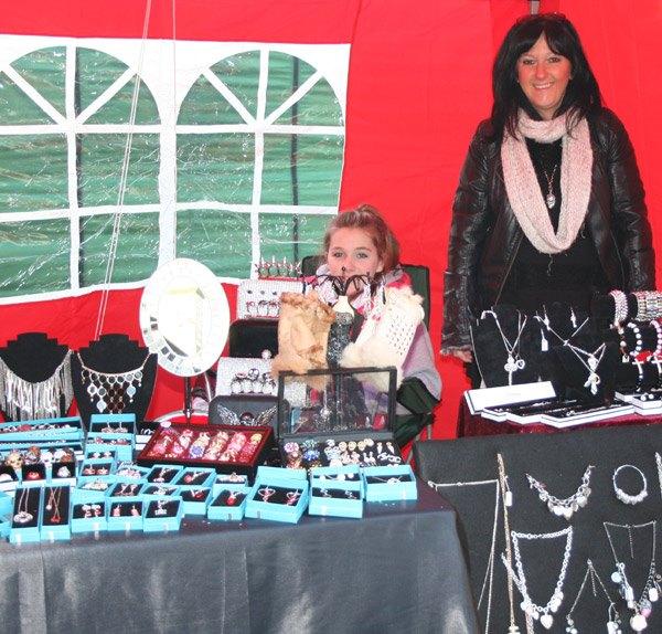 jewellery-stall