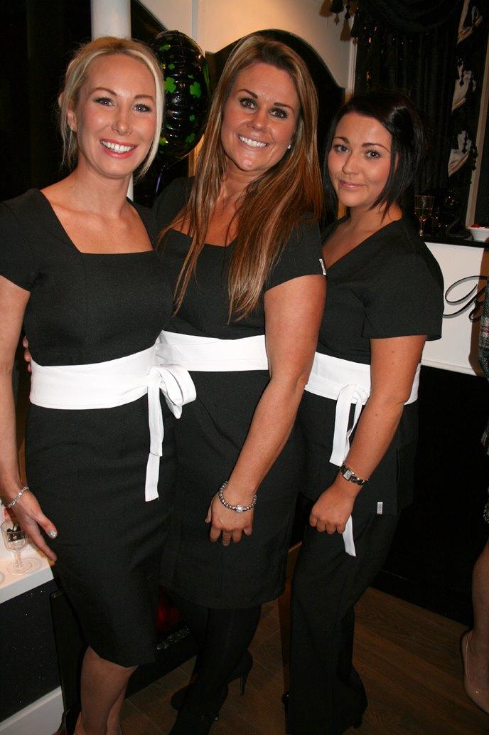 3 Naked Nuns