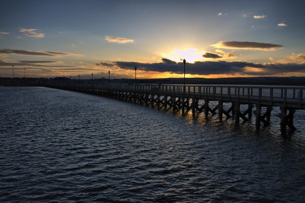 Pier-at-sunset-(DW)