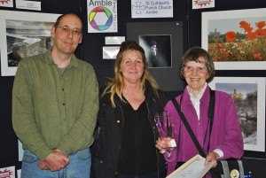 Mark Sunderland and last year's winner Dot Tindale with  2013 People's Choice award winner Joan Robinson