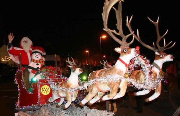 Rotary-Santa-float