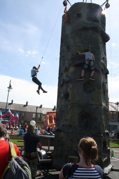 climbing-wall-BR