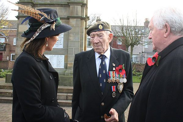 Remembrance Day services 2014