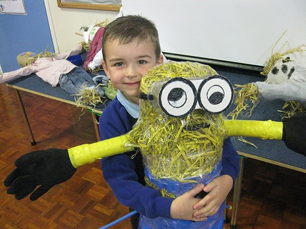 boy-and-minion-scarecrow