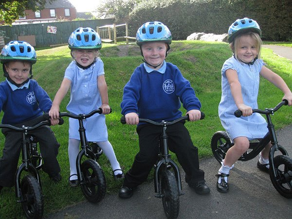 children-on-balance-bikes