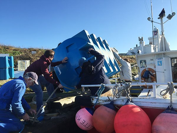New water tank arrives on Coquet Island