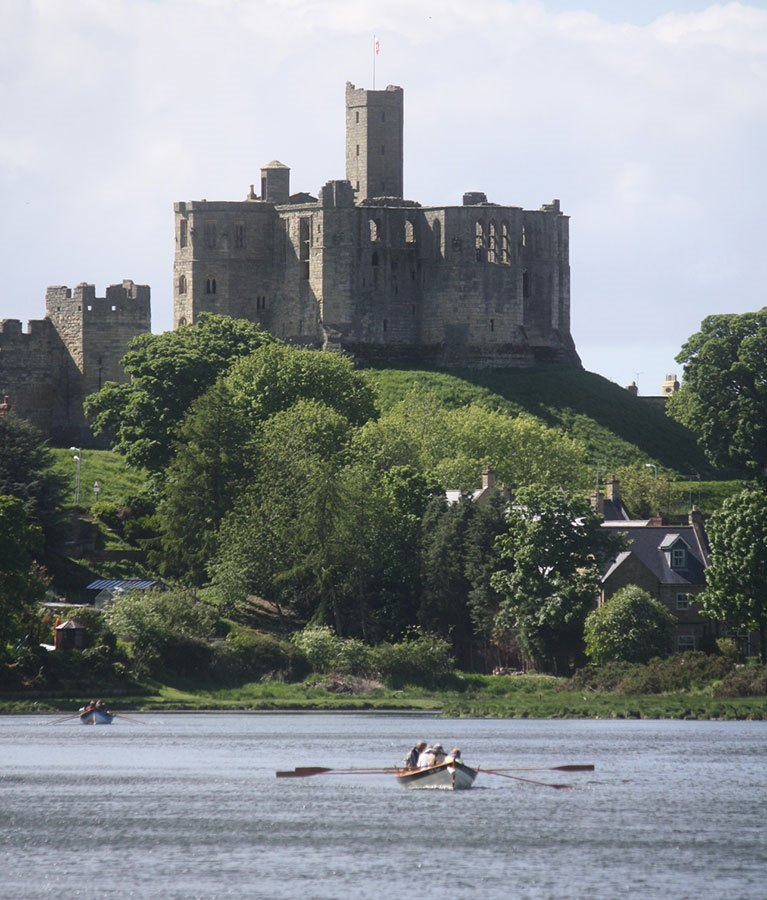 Skiff-at-WarkworthBR