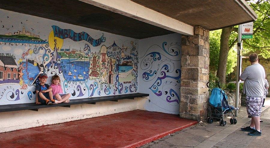 mural-on-bus-stop