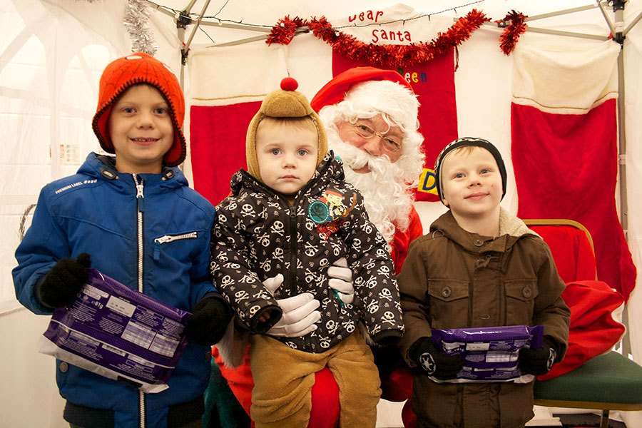 Nathan, Paul and Liam-with-Santa-(AW)
