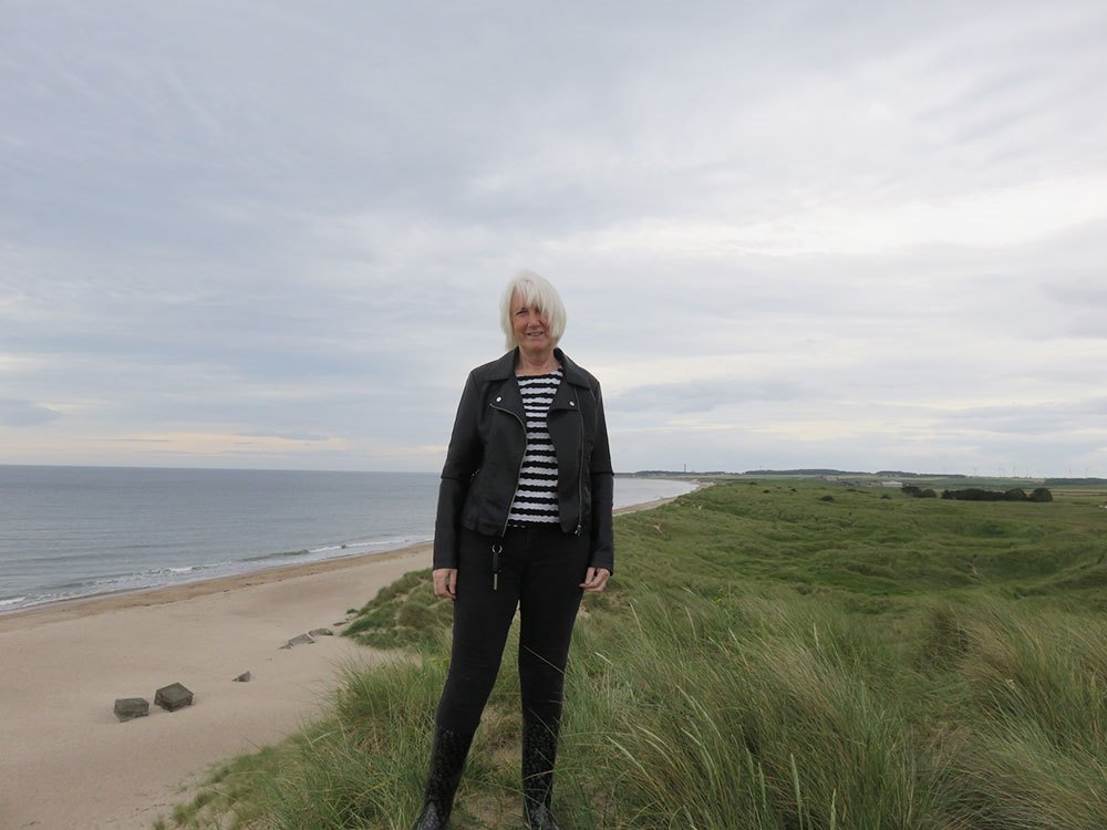 Lynne-Tate-at-Druridge-Bay