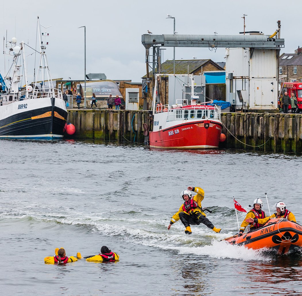 Lifeboat-Day-jumping-in-the-sea