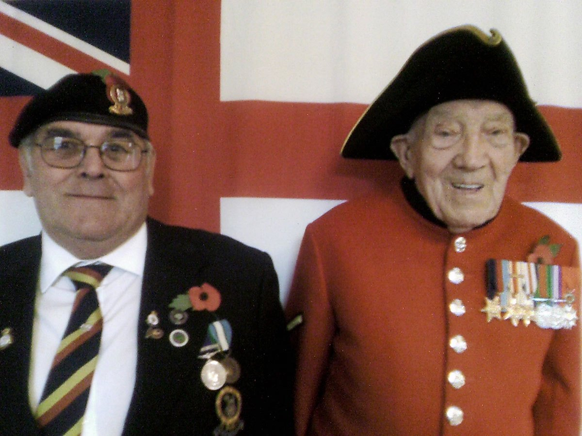 Peter-Proctor-Cannon-with-George-Skipper