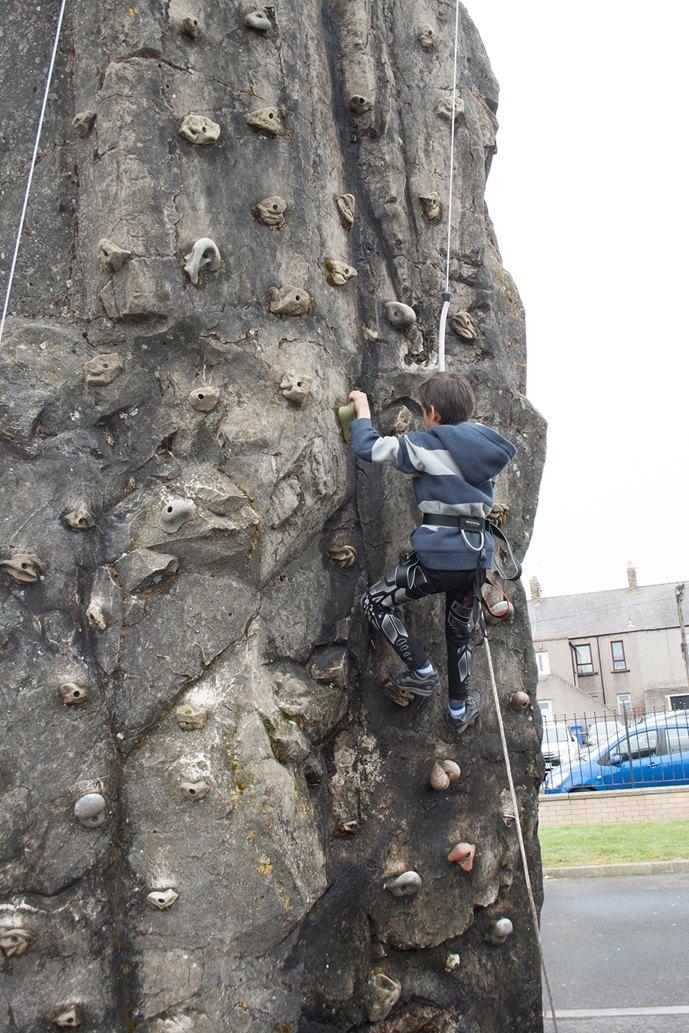 climbing-wall-AW