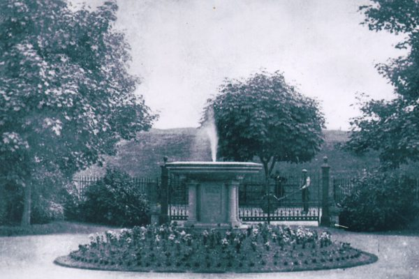 Centenary of Amble's first monument
