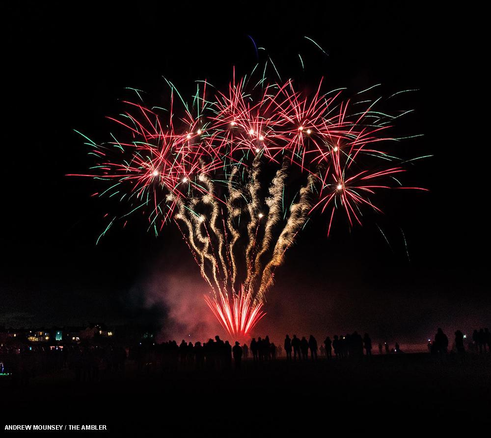 poppy fireworks AM