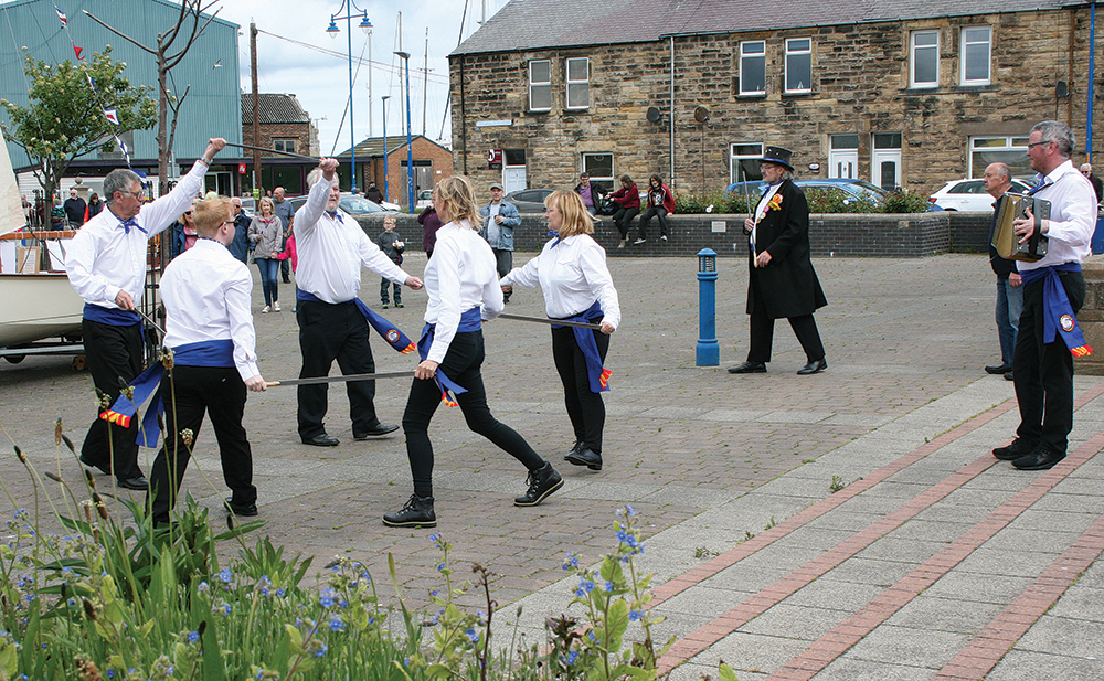 Amble Sword dance group