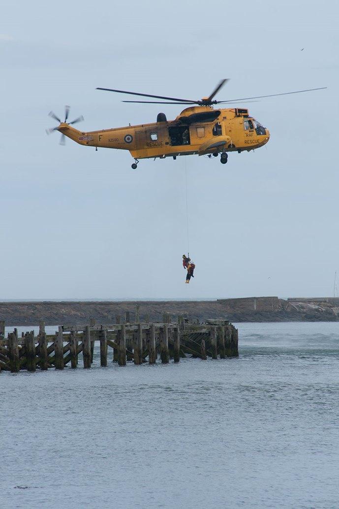 Sea-King-rescue