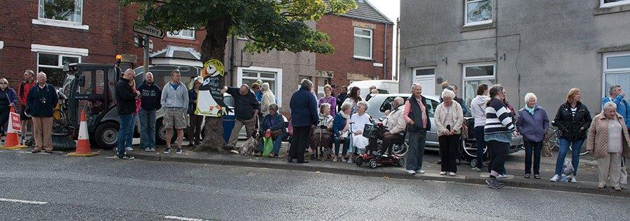 crowds-gathering