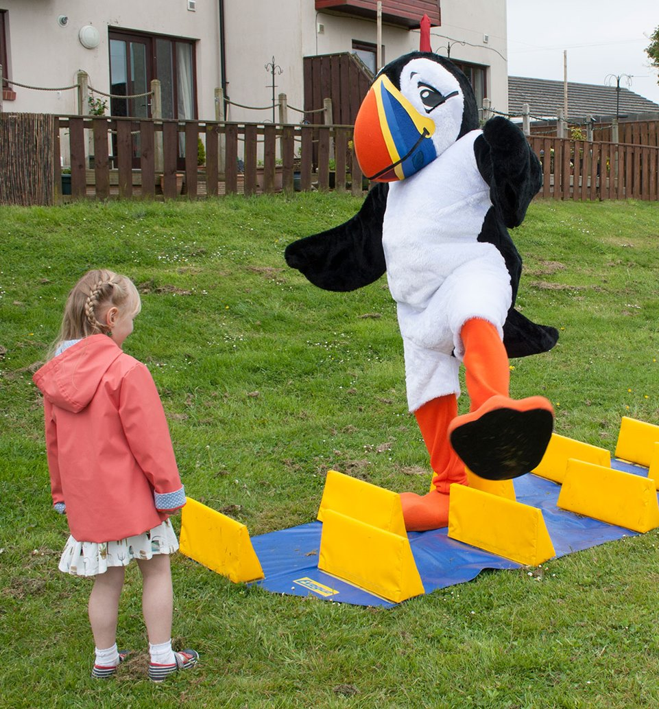 Puffin-Fest-Kick-Start-obstacle-course
