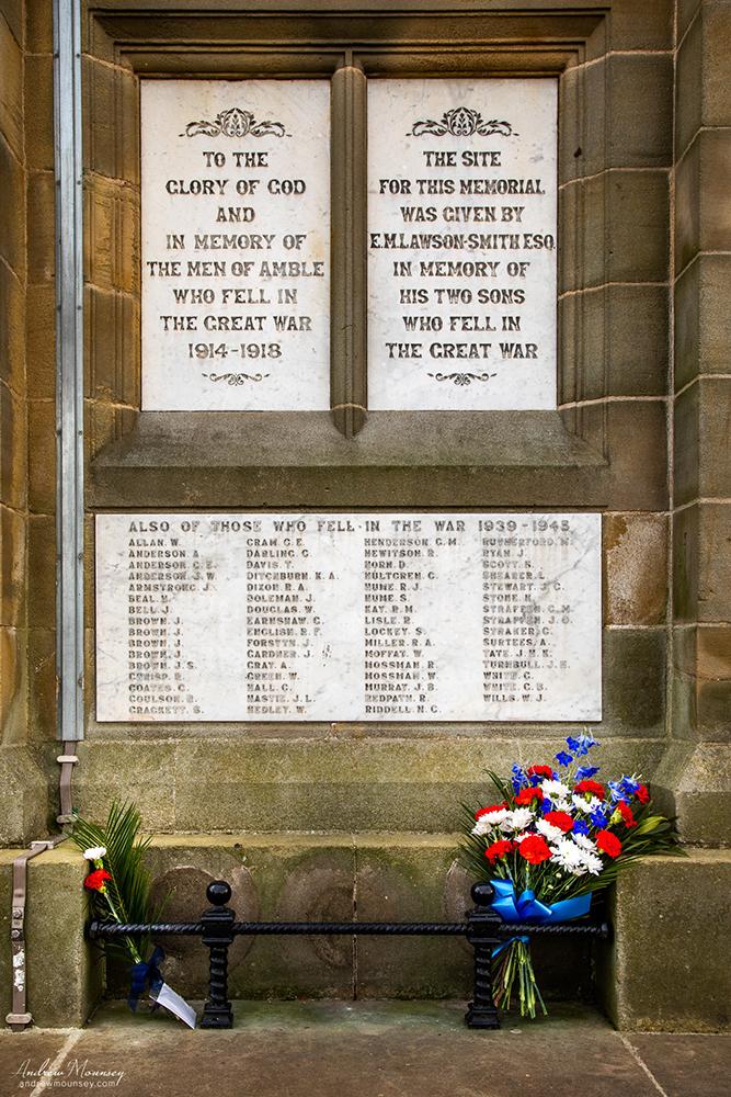 Amble war memorial AM