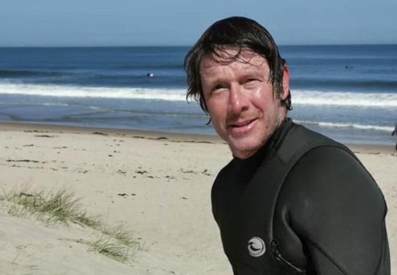 Three rescued on local beach